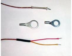 Cylinder head temperature thermocouple